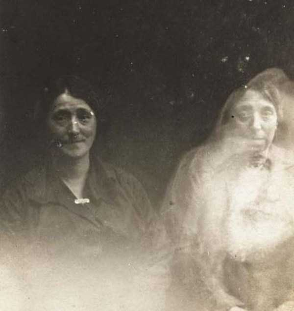 creepy-pics-from-the-past (22)