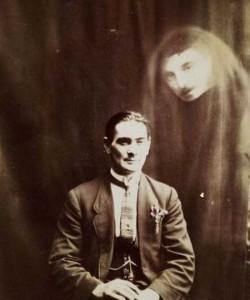 Really Creepy Photos From 1920's (23 photos) 8