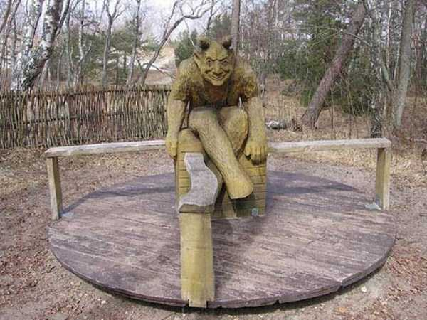 creepy-playgrounds (28)