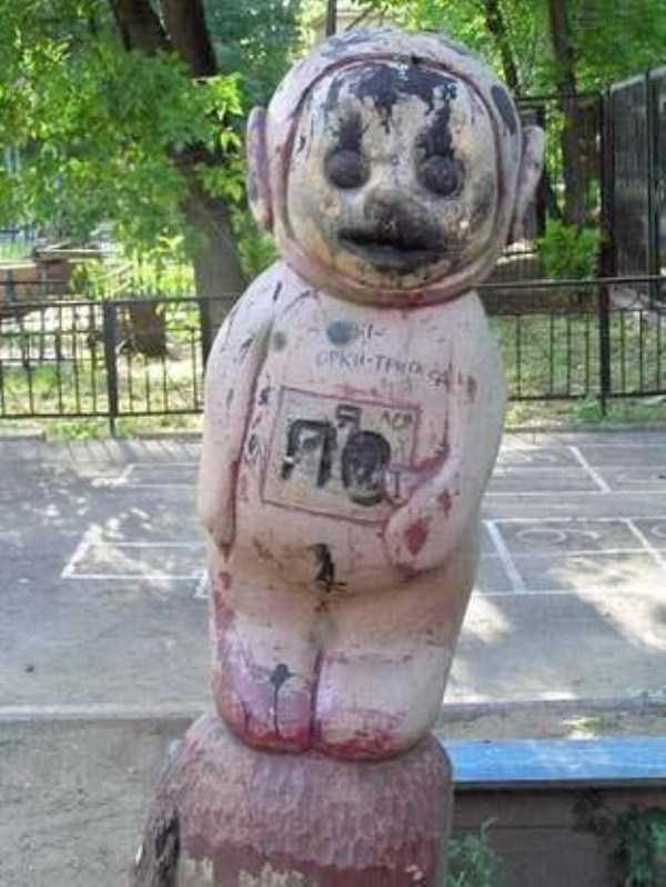 creepy-playgrounds (3)