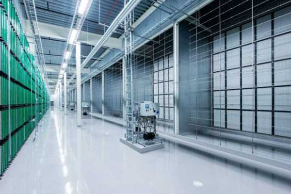 facebook-data-center (10)