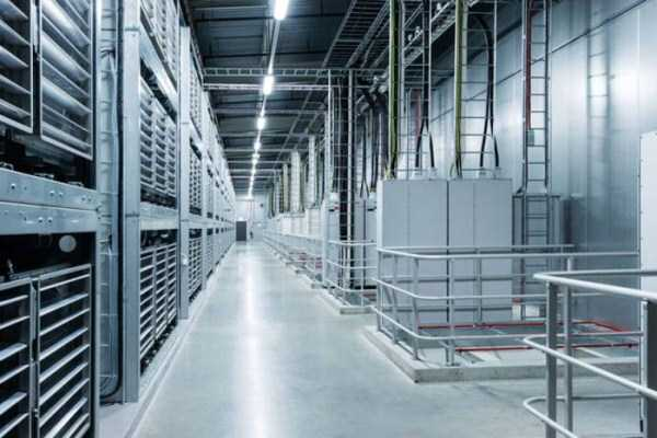 facebook-data-center (11)