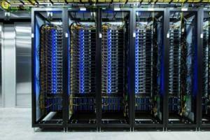 Facebook's Massive Data Center (22 photos) 8