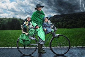Creative Father Makes Cool Photo Manipulations With His Daughters (20 photos) 17