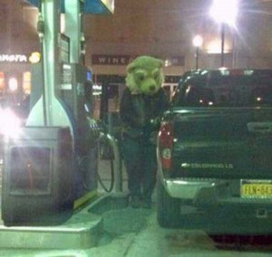 Strange People Seen at Gas Stations (25 photos) 2