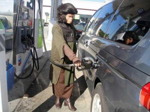 Strange People Seen at Gas Stations (25 photos) 5