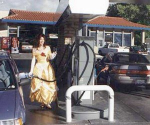 Strange People Seen at Gas Stations (25 photos) 6