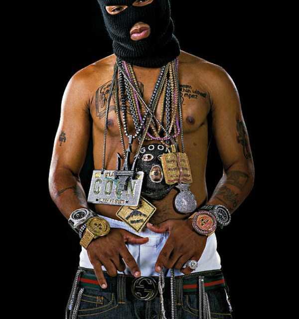 weird-rappers-chains (35)