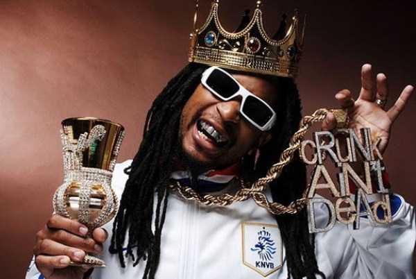weird-rappers-chains (37)
