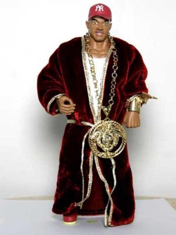 weird-rappers-chains (4)