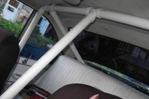 27 Ridiculously Stupid Car Mods (27 photos) 16