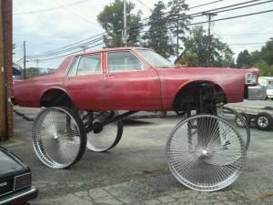 27 Ridiculously Stupid Car Mods (27 photos) 7