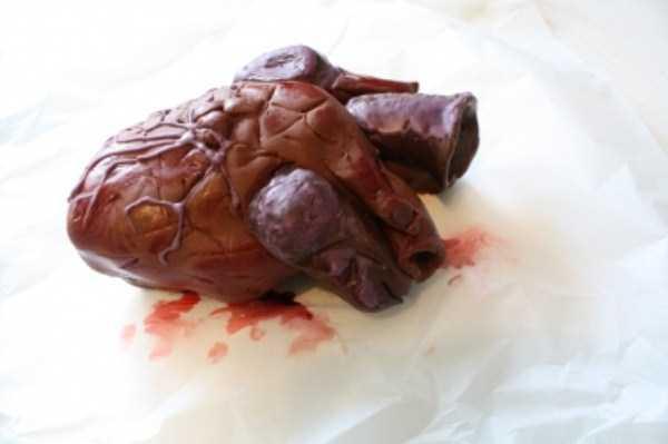 bizarre-chocolate-sculptures (1)