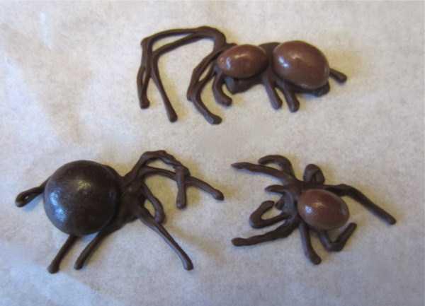 bizarre-chocolate-sculptures (25)