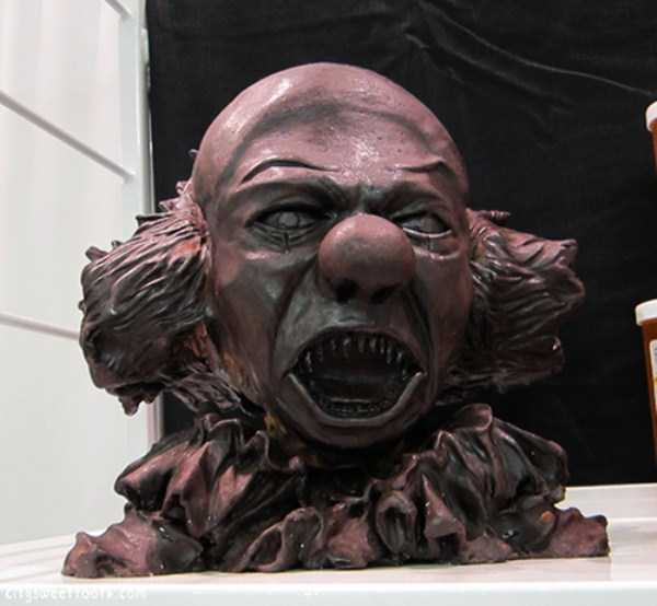 bizarre-chocolate-sculptures (7)