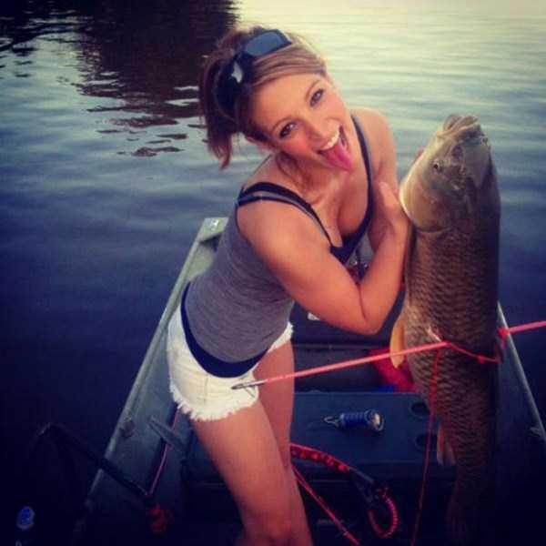 fishing_fun_with_girls_34_1