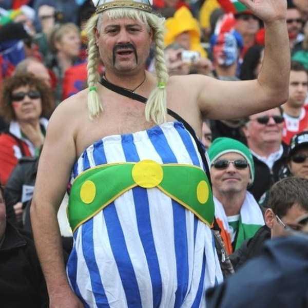 football-world-cup-vivid-fans (1)