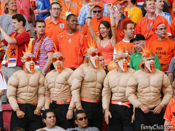 football-world-cup-vivid-fans (10)