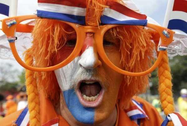 football-world-cup-vivid-fans (2)