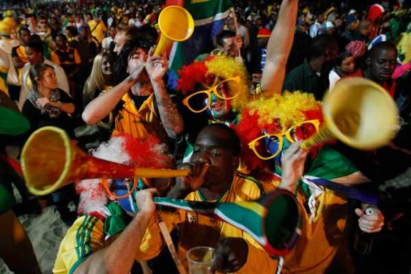 football-world-cup-vivid-fans (23)
