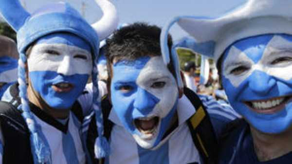 football-world-cup-vivid-fans (7)