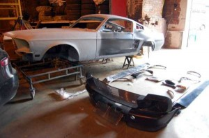Fully Functional Couch Made From Ford Mustang (24 photos) 1