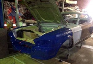 Fully Functional Couch Made From Ford Mustang (24 photos) 2