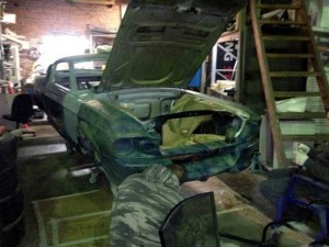 Fully Functional Couch Made From Ford Mustang (24 photos) 3