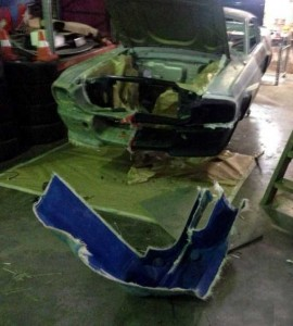 Fully Functional Couch Made From Ford Mustang (24 photos) 4