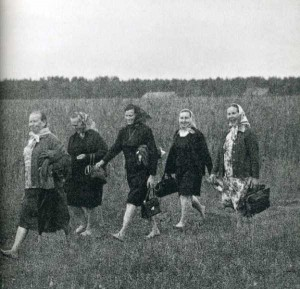 Rare Vintage Black and White Photos of Life in Russia (121 photos) 78