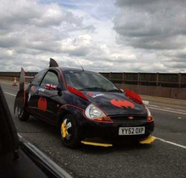 the-strangest-things-you-will-see-on-the-road-50