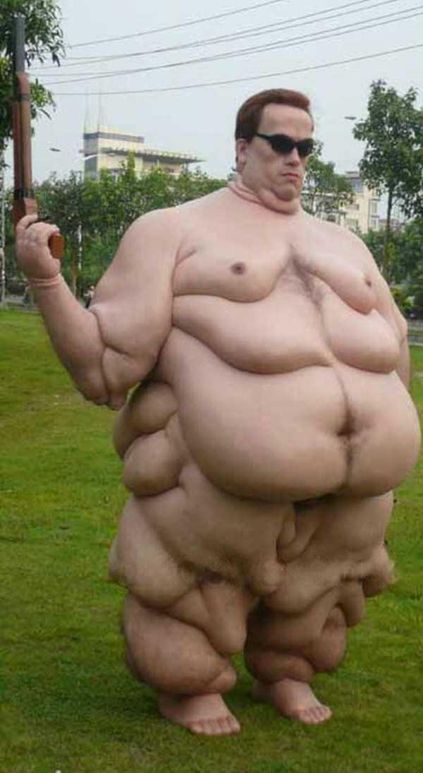 this-wax-statue-of-arnold-schwarzenegger-is-gross-2