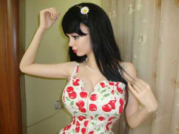 Just Another Living Doll From Russia (25 photos) 9