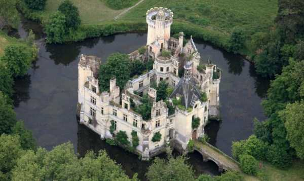 Amazing Castles With Stories Behind Them (27 photos) 18