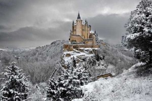 Amazing Castles With Stories Behind Them (27 photos) 27
