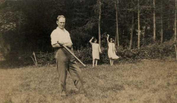 bizarre-old-photos (11)