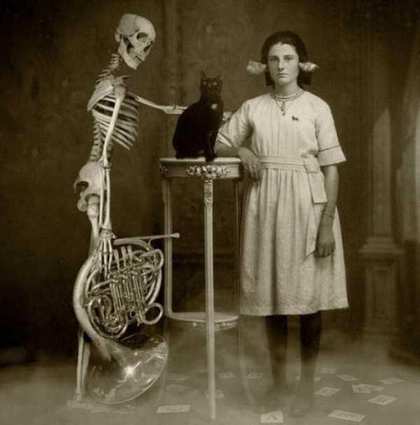bizarre-old-photos (27)