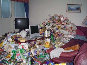 20 Unimaginably Depressing Home Offices (20 photos) 7