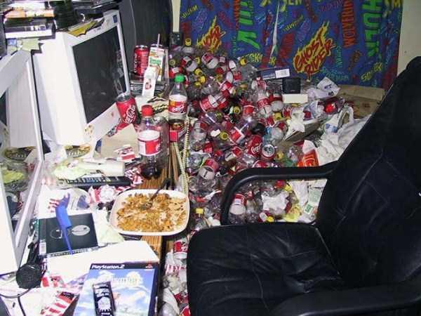 dirty-desks (9)