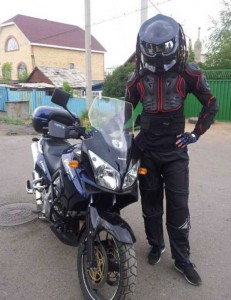 Custom Made Predator Motorcycle Helmet (49 photos) 46