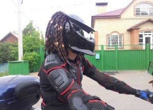 Custom Made Predator Motorcycle Helmet (49 photos) 49