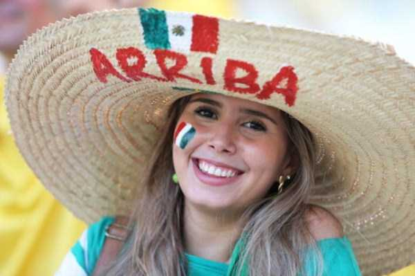 hot_world_cup_supporters (1)