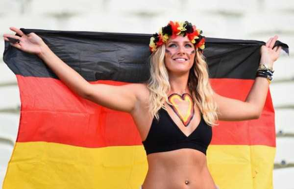 hot_world_cup_supporters (18)