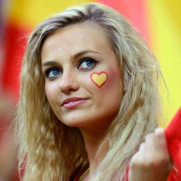 hot_world_cup_supporters (31)