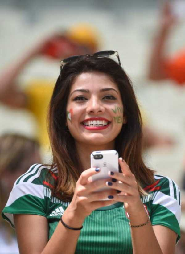 hot_world_cup_supporters (8)