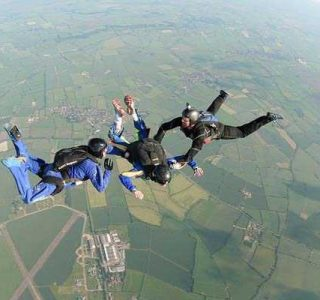 People Who Fell Out Of The Sky And Survived (24 photos)