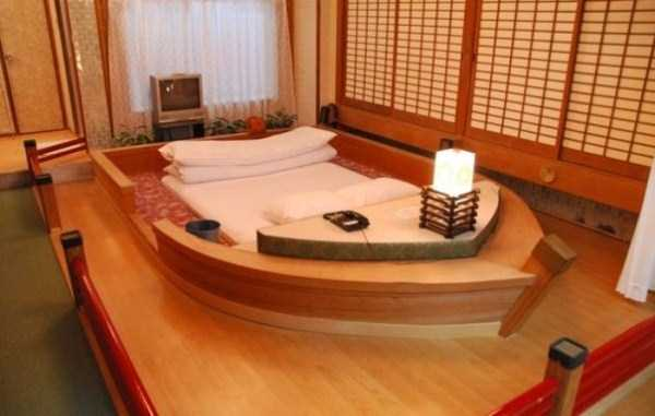 Inside Japanese Pleasure Hotels (21 photos) 13