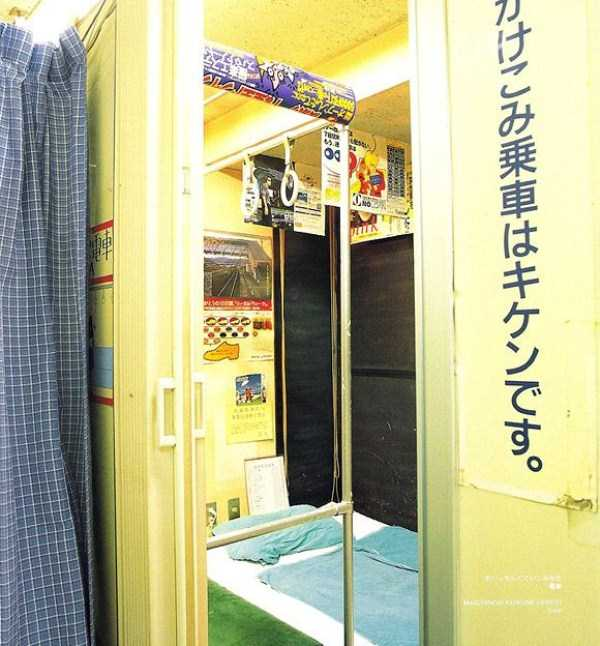 see-the-inside-of-japanese-love-hotels-15