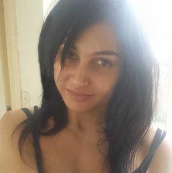 she-spent-a-fortune-to-look-like-kim-kardashian-3