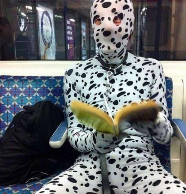 strange-people-in-subway (13)